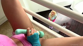 Rug muncher Kenzie Reeves is squirting..