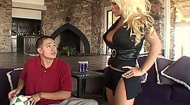 Blonde mom gets owned by her step-son